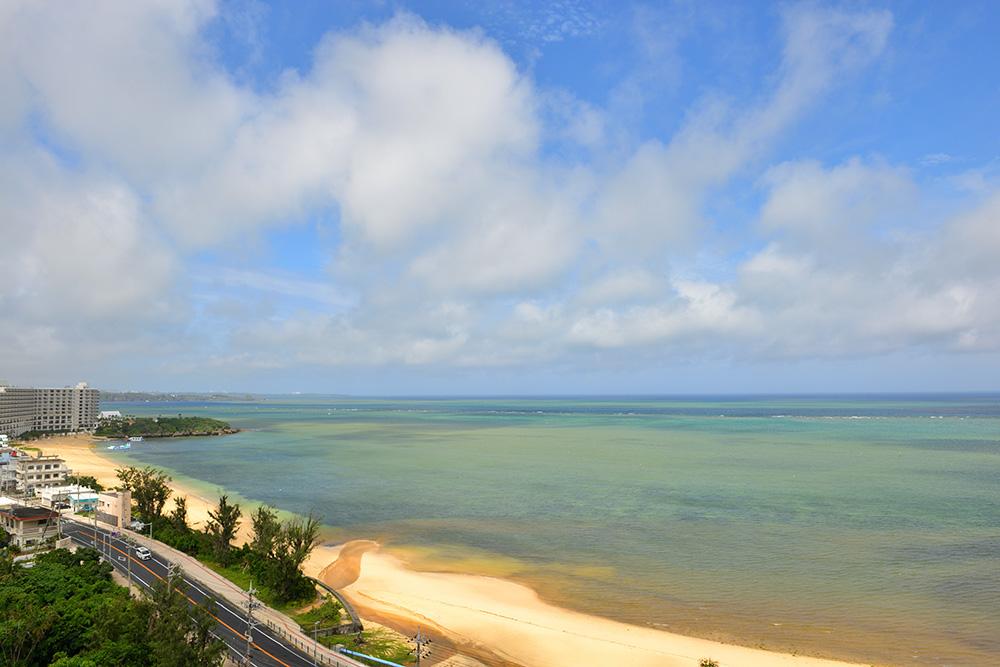 沖縄ビーチ景色