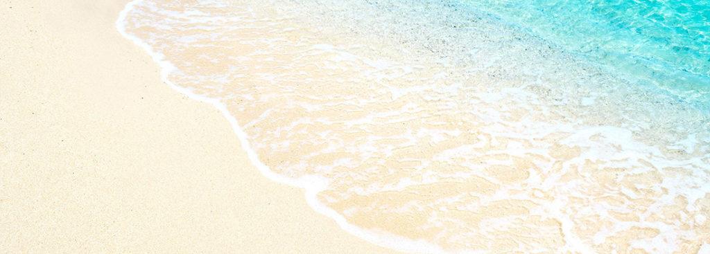 ハワイ青いビーチ波打ち